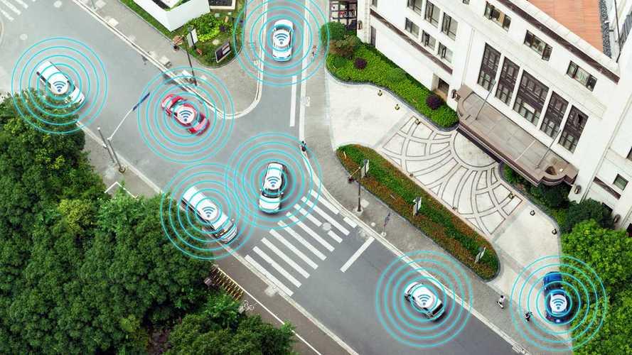 Toyota: Sürücüsüz araçlar için abartılı vaatler veriliyor