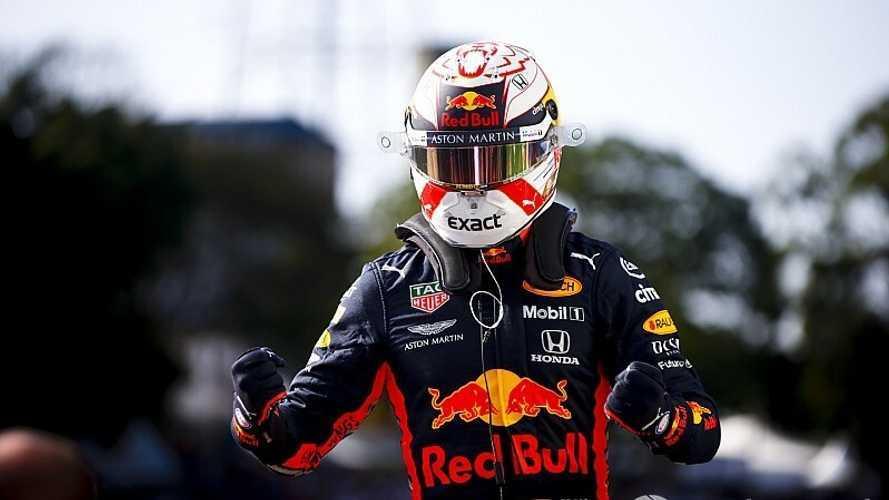 Verstappen se impone en una carrera históricamente alocada