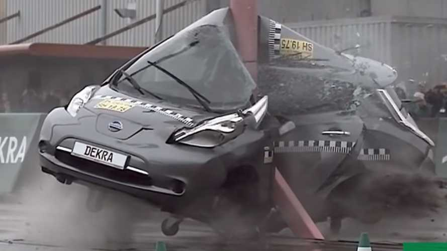 Vídeo: un Nissan LEAF, destrozado en un brutal crash test