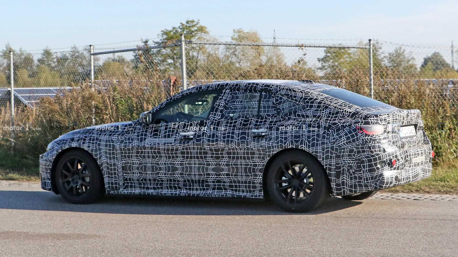 2021 BMW i4 85