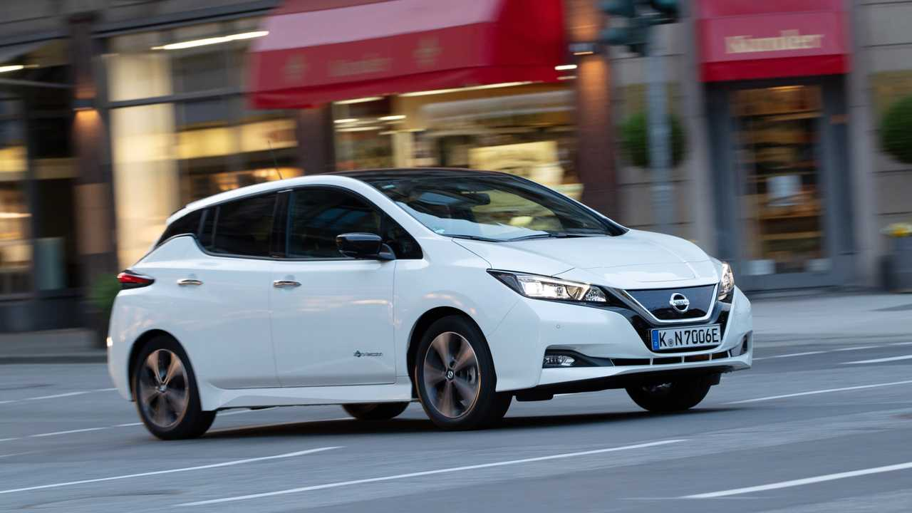 Nissan Leaf (fino a 385 km)
