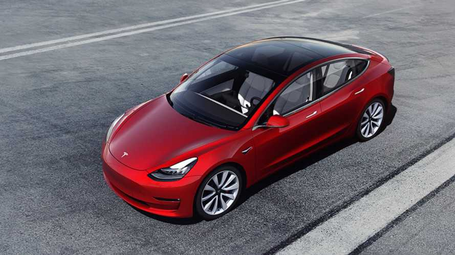 Tesla добавит динамики Model 3 (но не бесплатно)