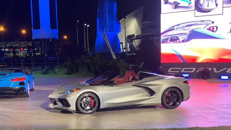 2020 Chevrolet Corvette Convertible Motor1 Com Photos