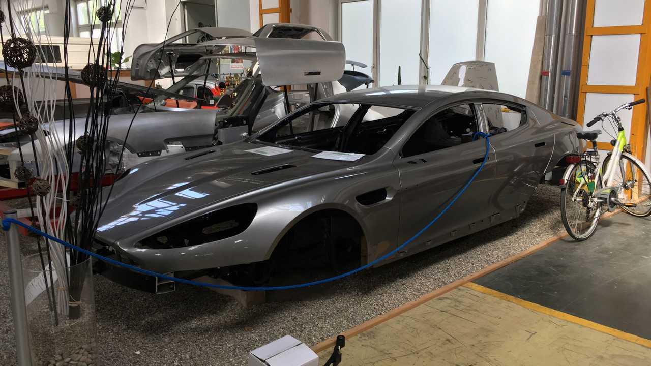 Aston Martin Rapide Bodyshell