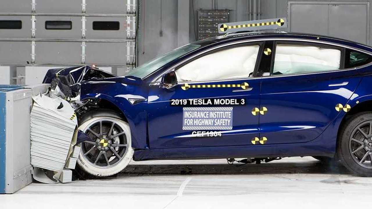 Tesla IIHS test