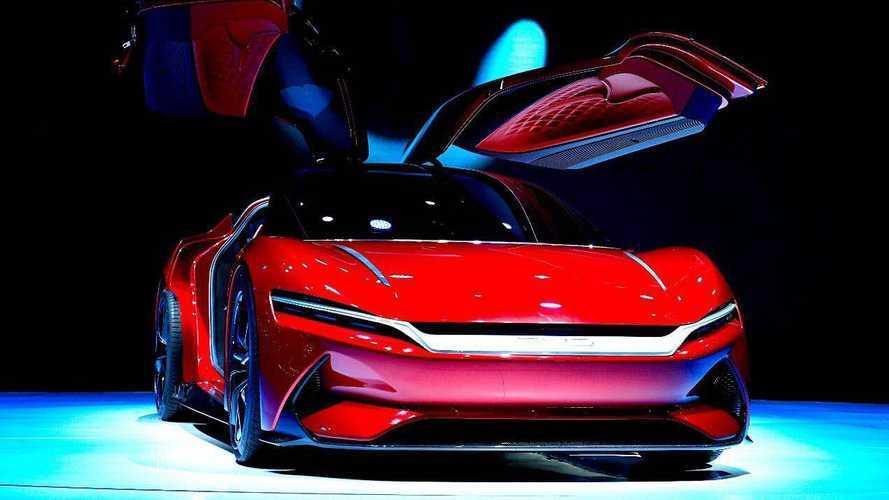 Vídeo: 10 mitos sobre baterias e carros elétricos desmascarados