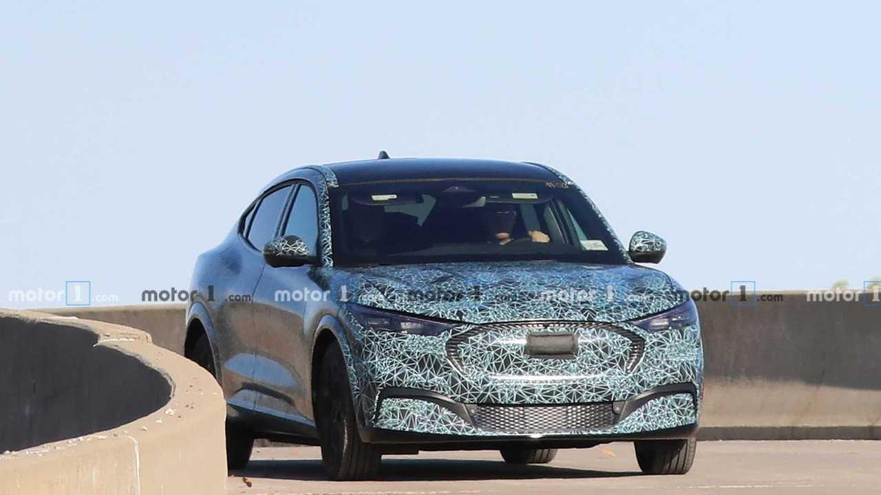 Ford: SUV elétrico inspirado no Mustang