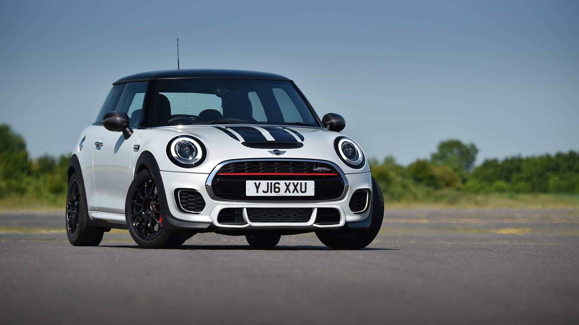 2017 Mini John Cooper Works Challenge First Drive