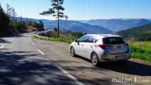 Essai Toyota Auros Hybrid