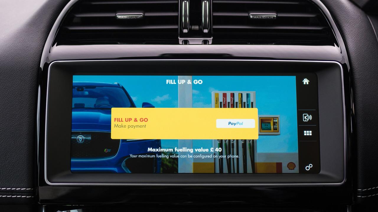 Jaguar ve Shell araç içi ödeme sistemi