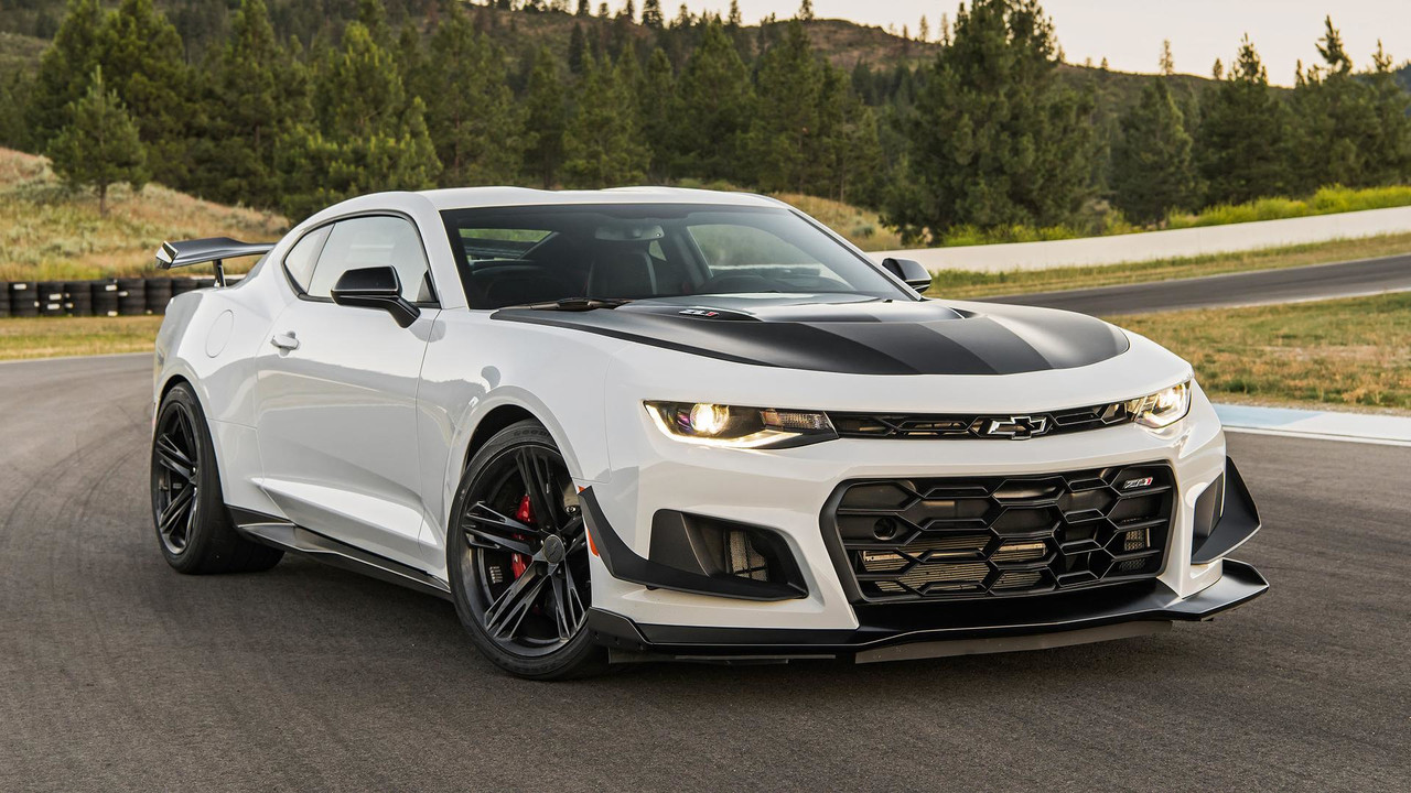 2018 Chevy Camaro Zl1 1le First Drive Motor1 Com Photos