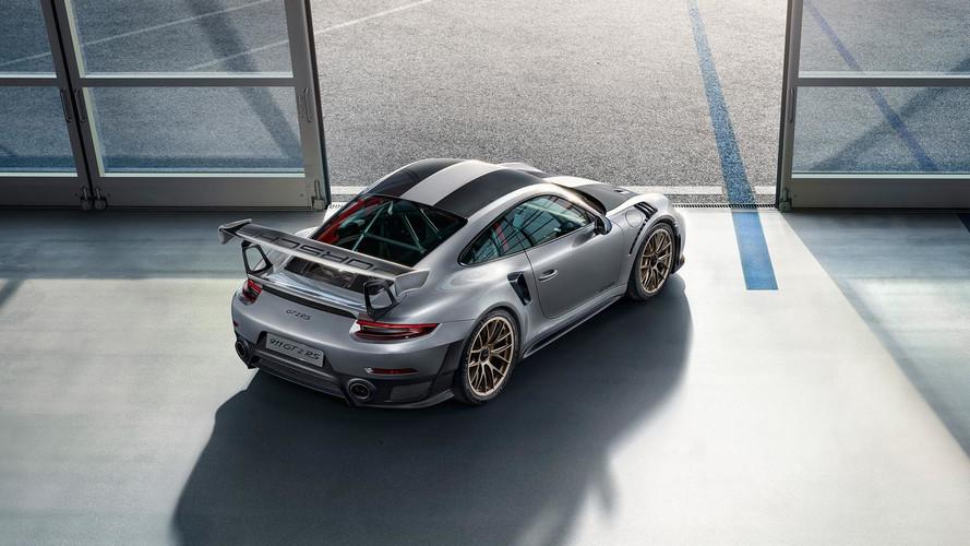 Porsche предложила бесплатный каркас безопасности для 911 GT2 RS
