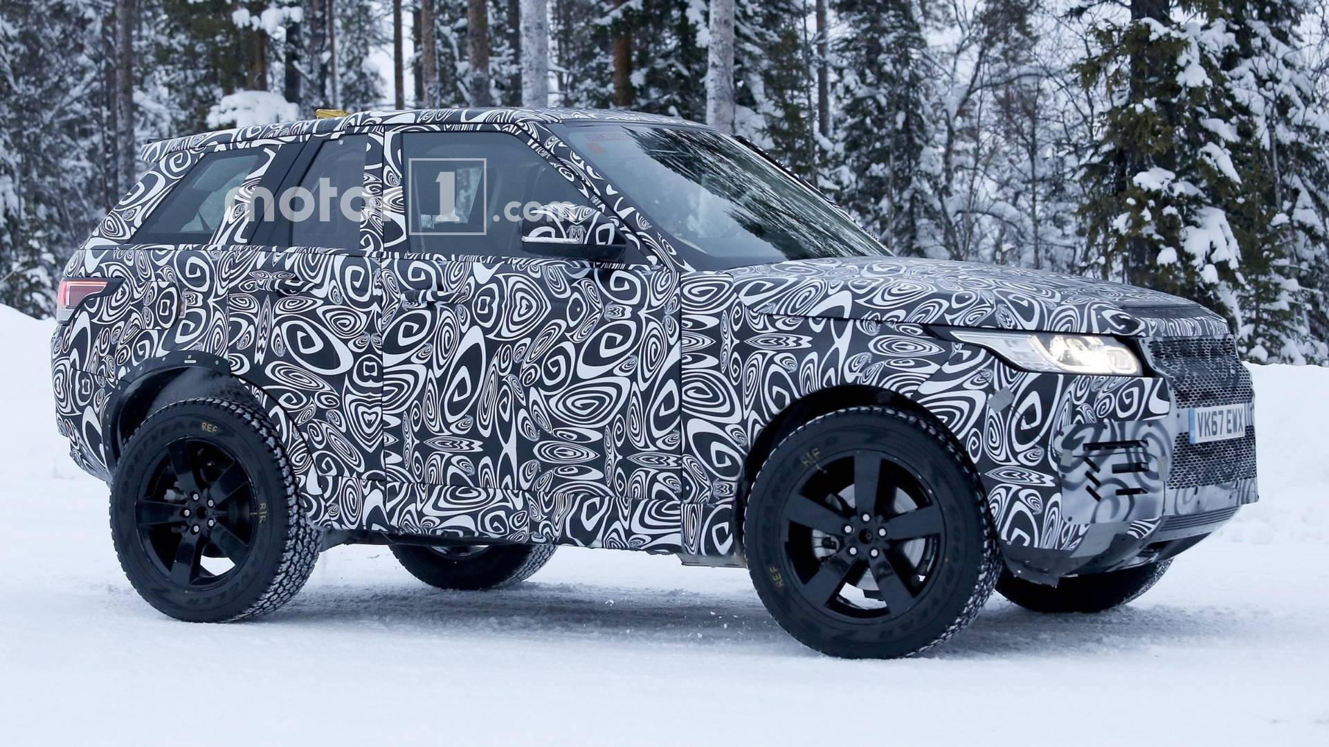Land Rover Designer Says New Defender Will Put G Class In The Shade