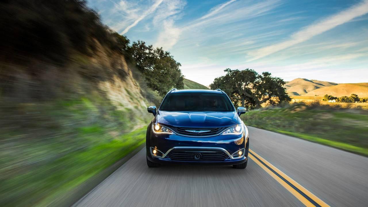 9. Chrysler Pacifica Hybrid
