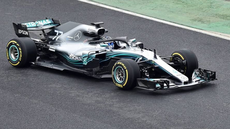 2017 şampiyonu Mercedes'in yeni otomobili W09 tanıtıldı