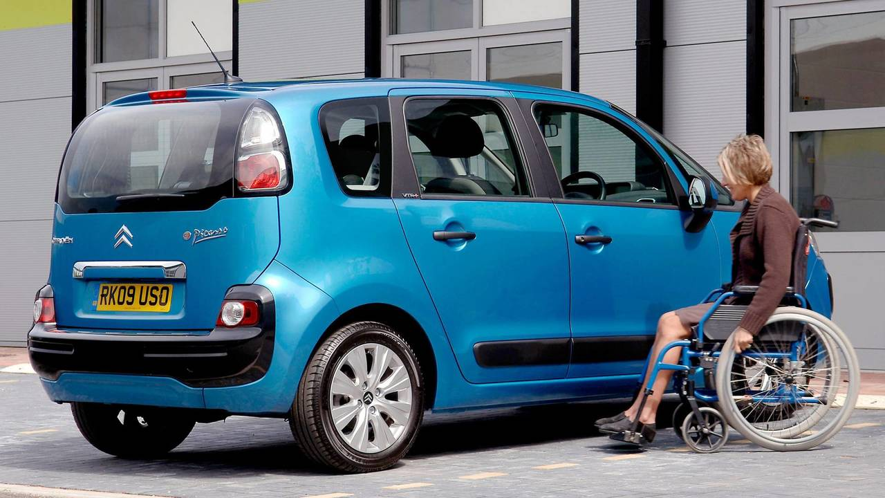 Citroen C3 Picasso Disabled Parking