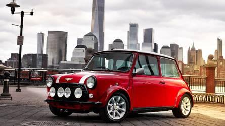 Mini atualiza Cooper clássico com motor elétrico