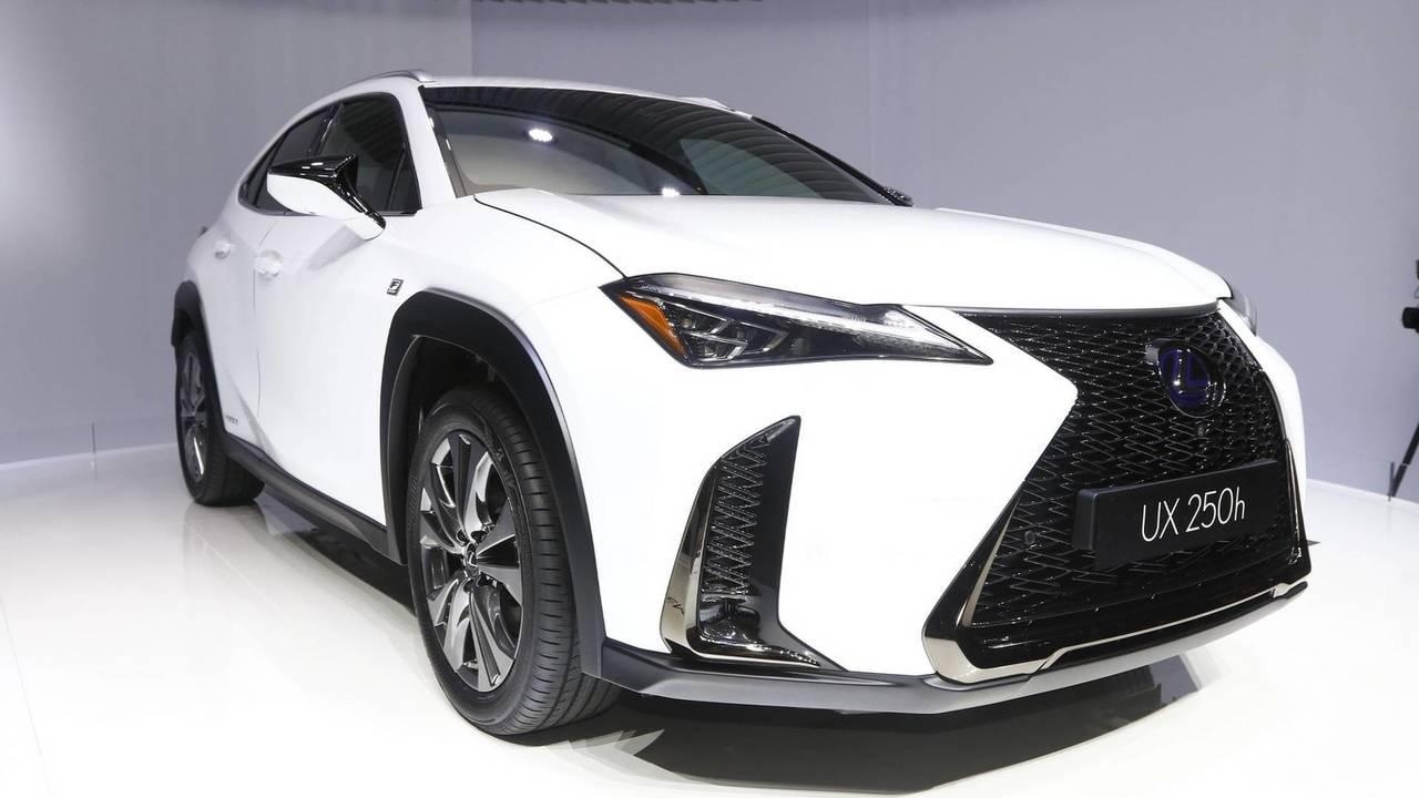 13. Lexus UX 250h (2018)