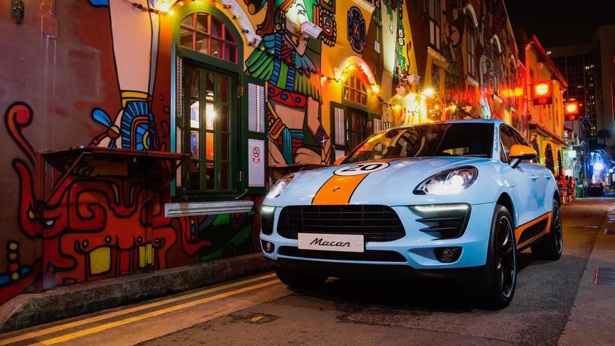 Porsche Macan con atuendos históricos
