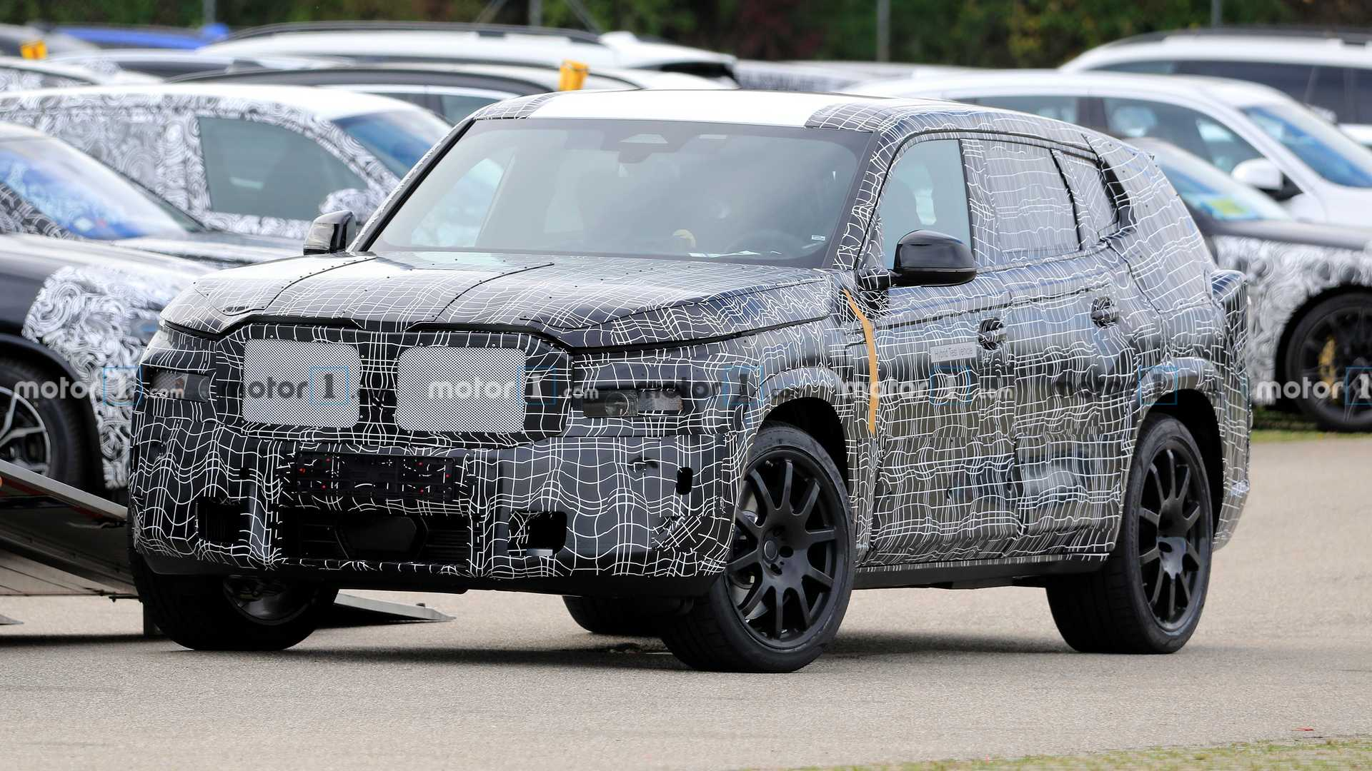 BMW X8 Spied Because Seven SUVs Are Not Enough