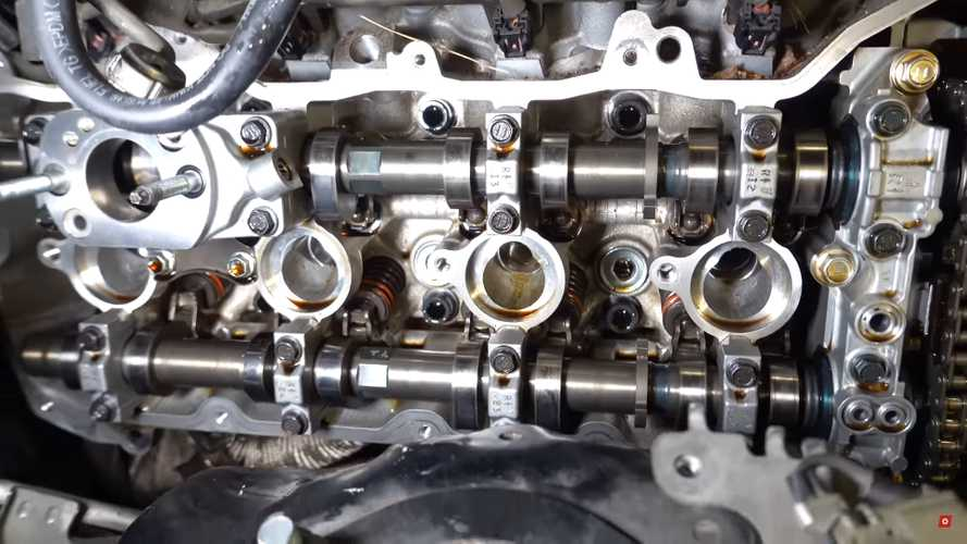 See Inside Lexus IS F Engine After 220,000 Miles Of Hard Driving