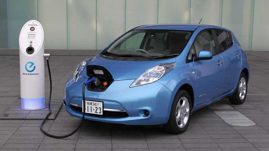 Nissan Leaf comemora 10 de mercado