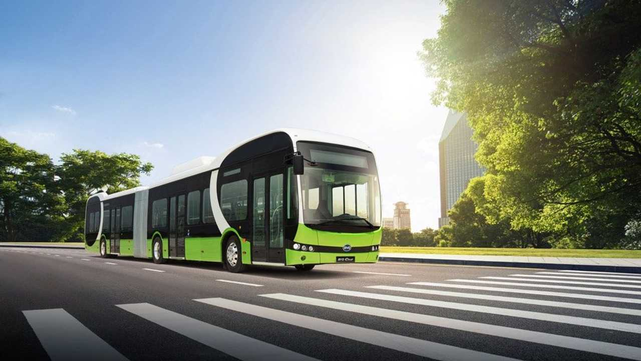 BYD 18m pure-electric articulated bus in Europe