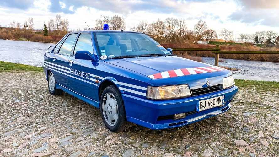 Offrez-vous la Renault 21 Turbo de la gendarmerie !