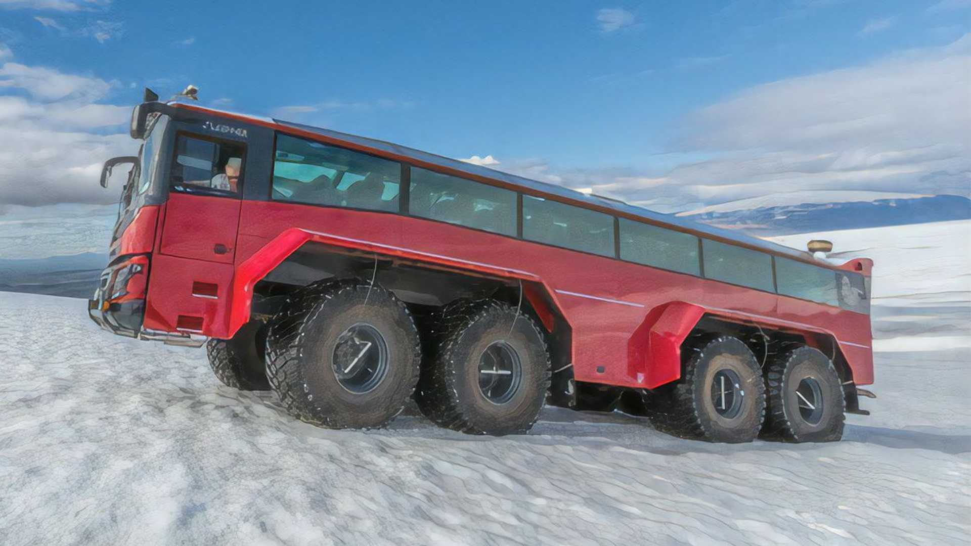 This Glacier-Taming Tour Bus Is The Best Way To See Iceland Up Close