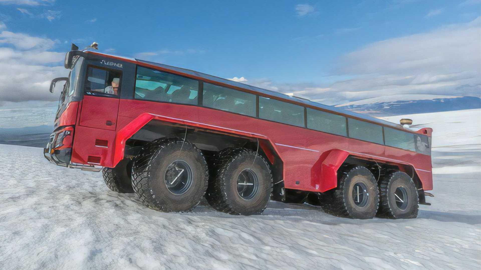 Этот туристический автобус для укрощения ледников — лучший способ увидеть Исландию вблизи