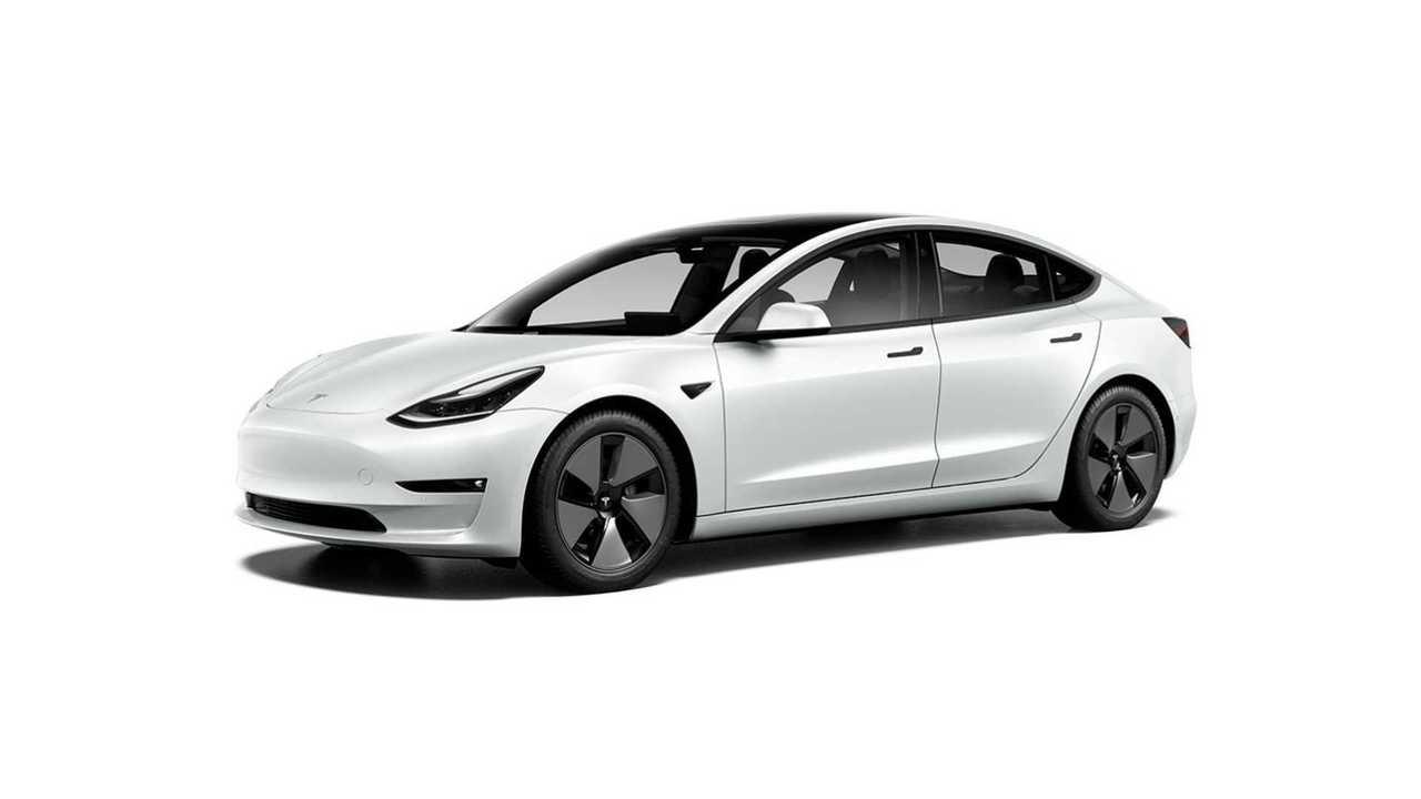 Рестайлинг Tesla Model 3