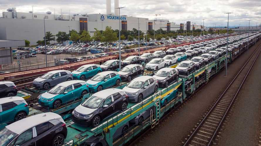 VW Group To Rely More On Rail Transport Powered By Green Electricity