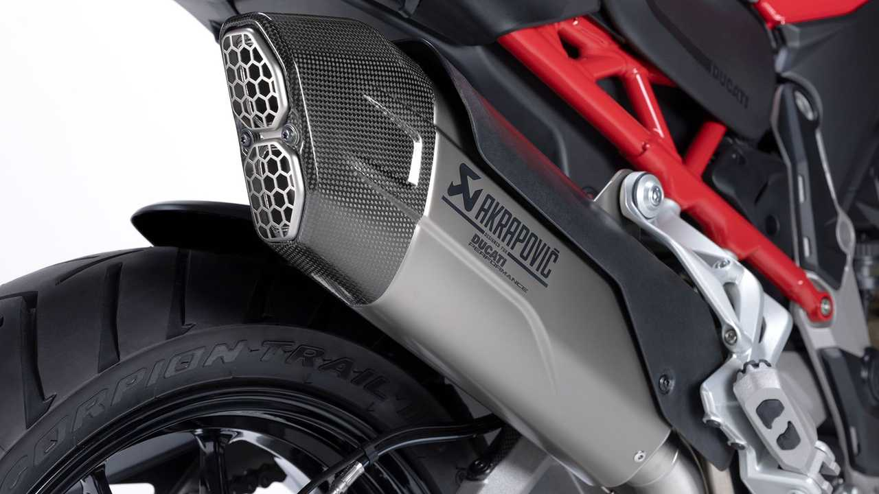 Ducati Multistrada V4 Ducati Multistrada V4 Akrapovič Type-Approved Silencer