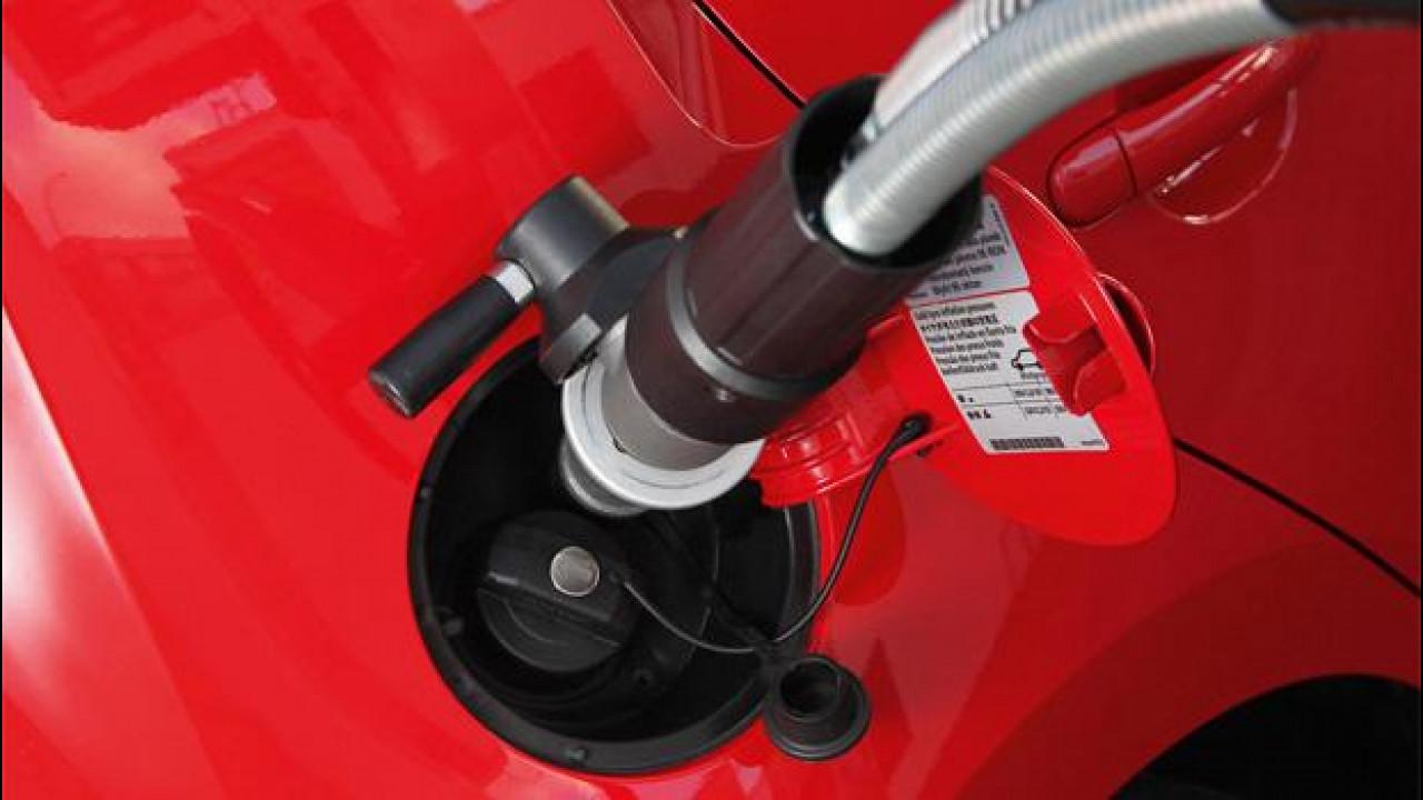 [Copertina] - Auto a metano, i veicoli ecologici più diffusi nel mondo