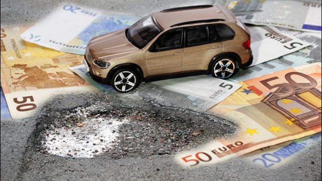 [Copertina] - Spending review: anche l'auto è protagonista