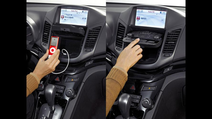 Addio al CD e l'autoradio diventa digitale