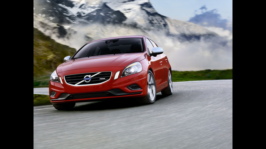 Volvo S60 e XC60 R-Design model year 2012