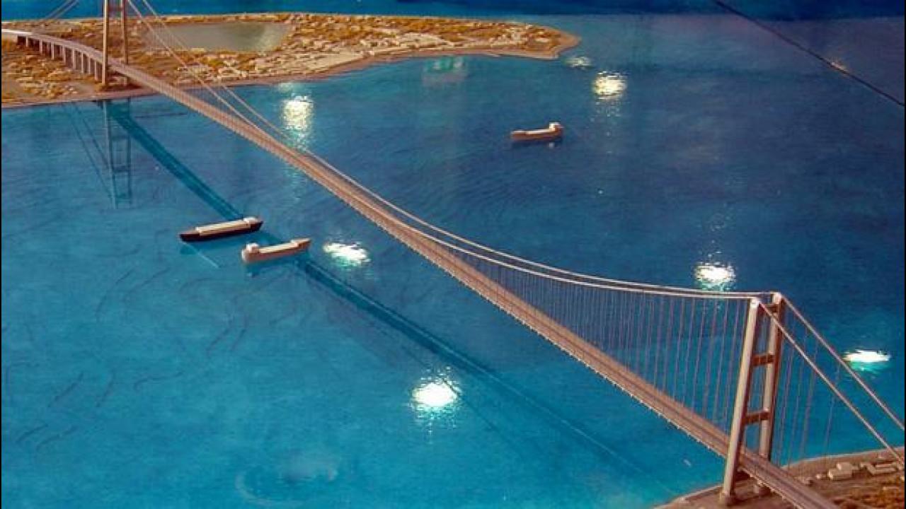 [Copertina] - Ponte sullo stretto, il progetto c'è ancora...