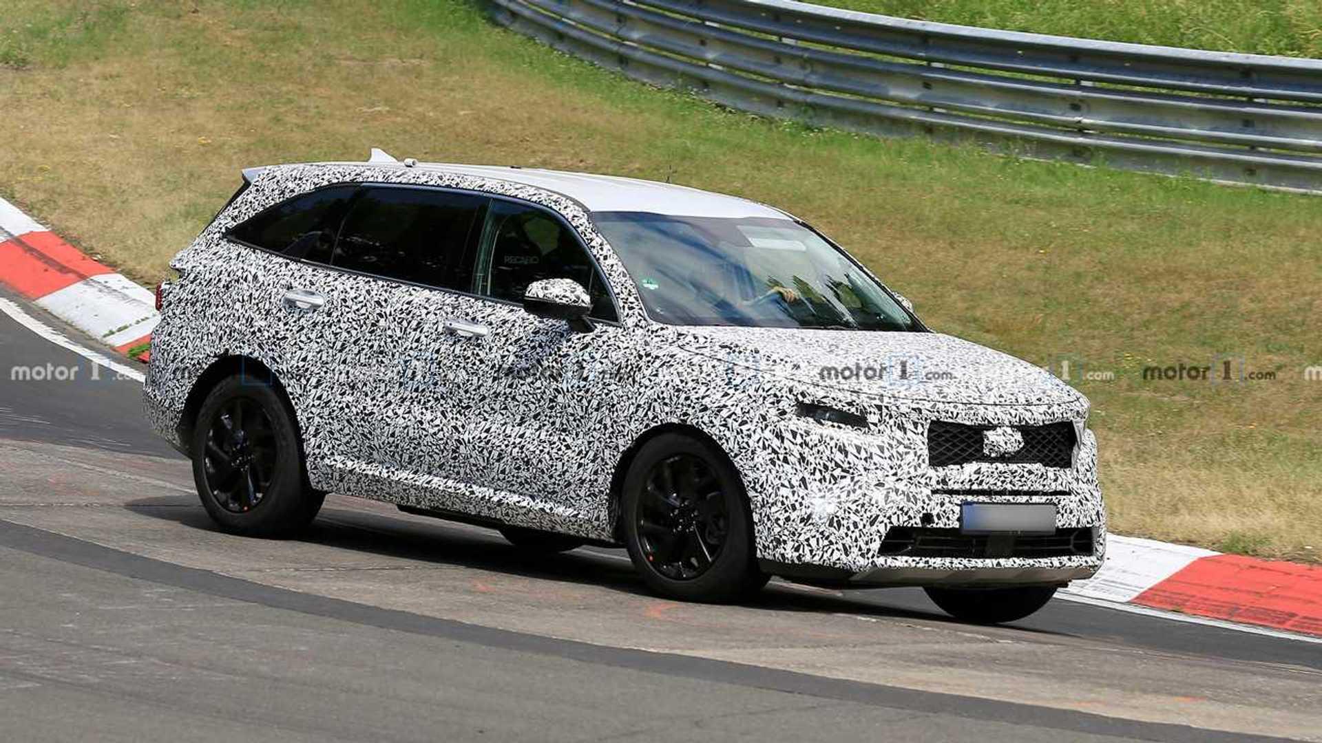 2020 Kia Sorento Rumors, Redesign, Hybrid >> 2021 Kia Sorento Drops Heavy Camo Heads To Nurburgring Update