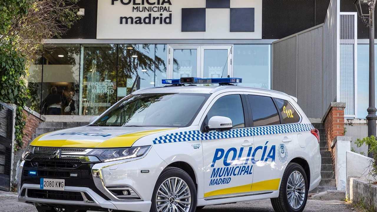 Mitsubishi Outlander PHEV policía municipal de Madrid