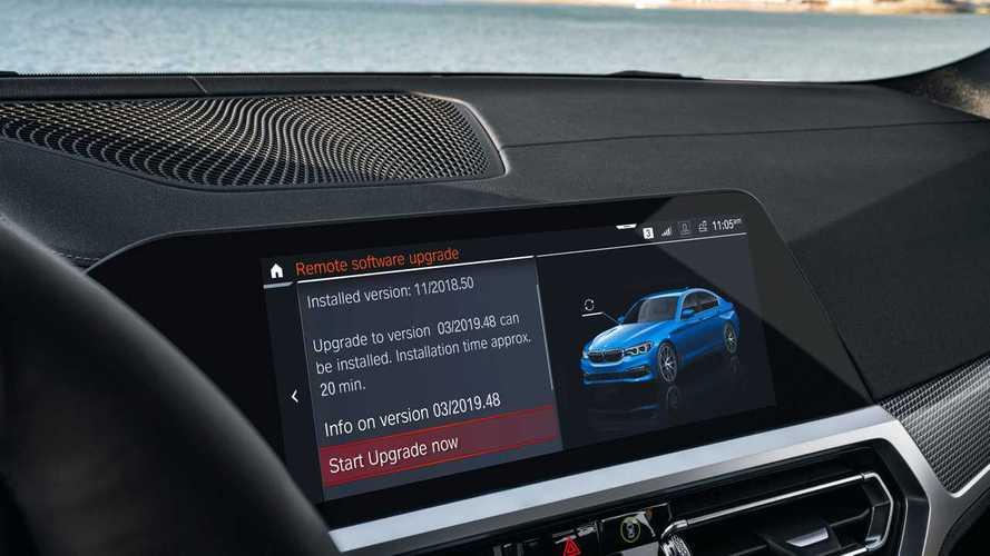 Con l'iDrive 7.0 ora le BMW si aggiornano come le Tesla