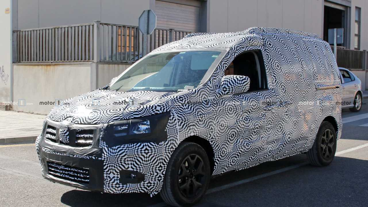 2020 Renault Kangoo spy photo