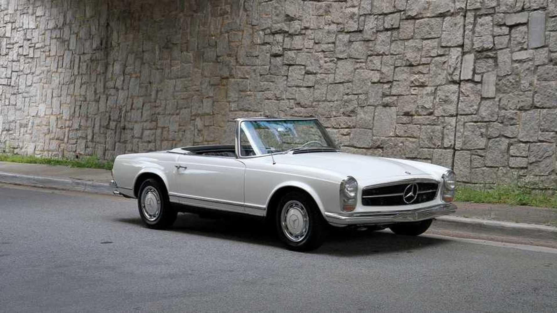 """[""""1966 Mercedes 230SL Pagoda""""]"""