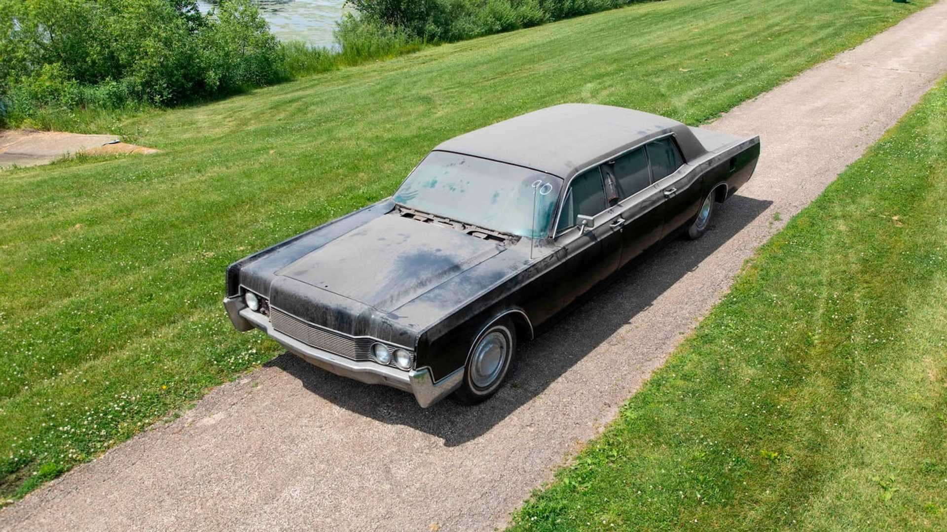 Recently Discovered Elvis Presley Family Limo Acutions For