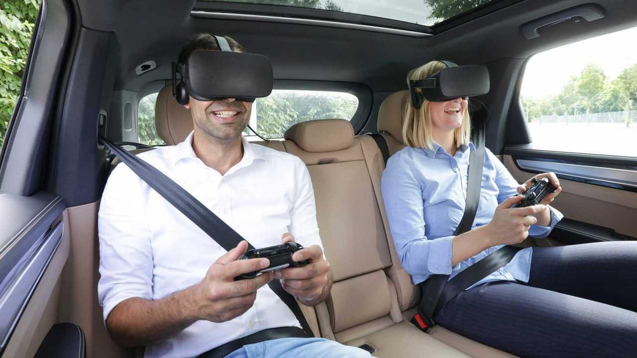 Porsche und Holoride präsentieren VR-Unterhaltungssystem