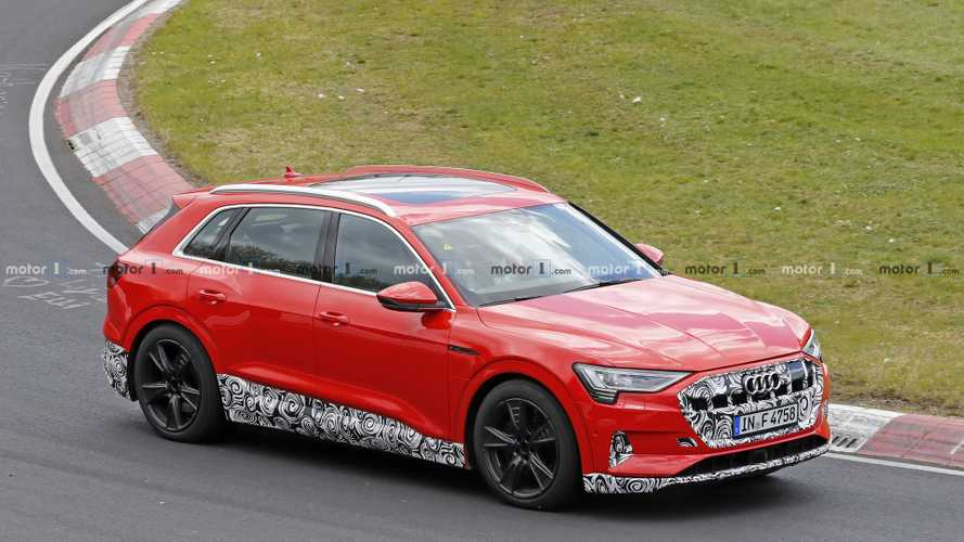 Audi E-tron 'Quattro S' Spied At The Nürburgring