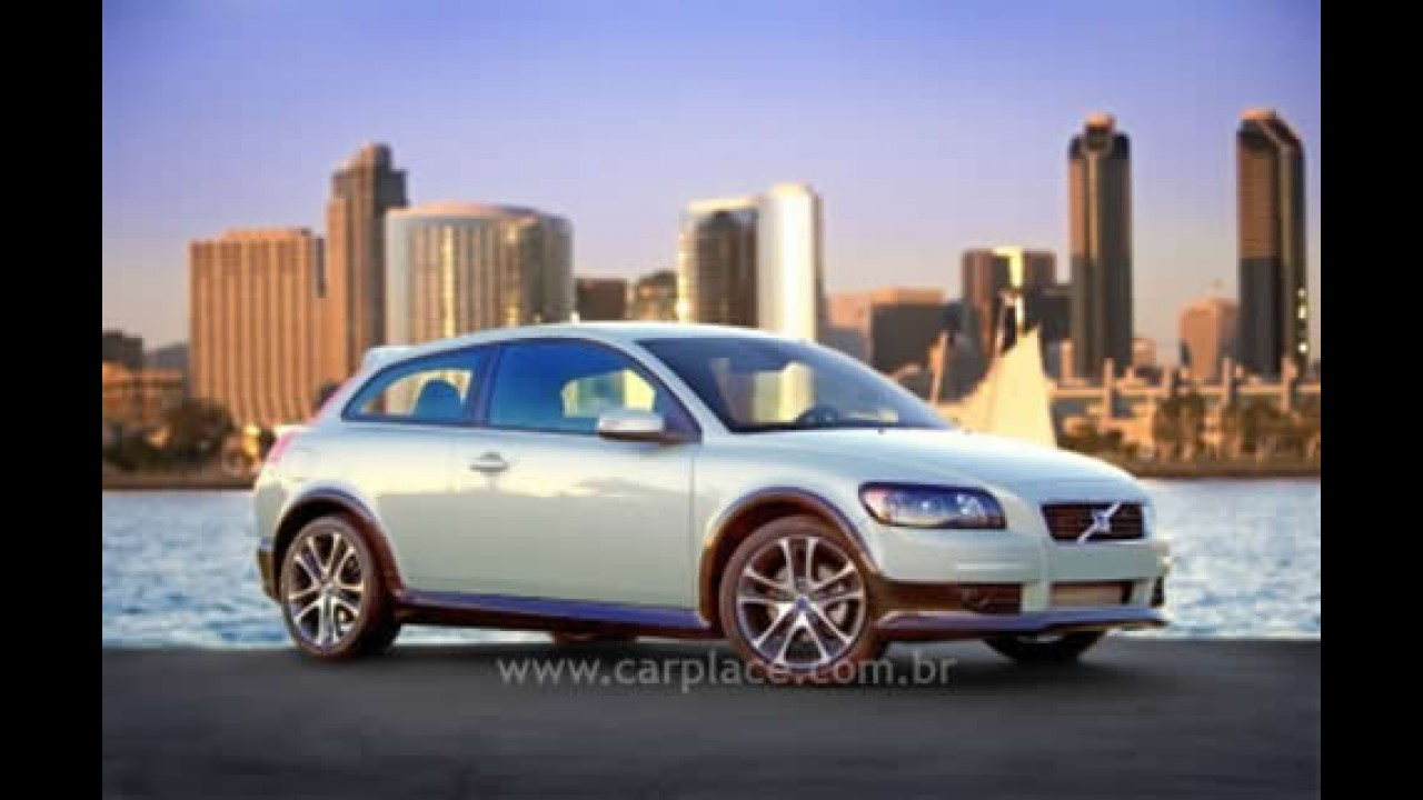 Volvo C30R pode ser a versão mais nervosa do compacto esportivo
