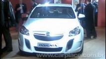 Opel Insignia OPC - Flagrada versão de alta performance com 320cv de potência