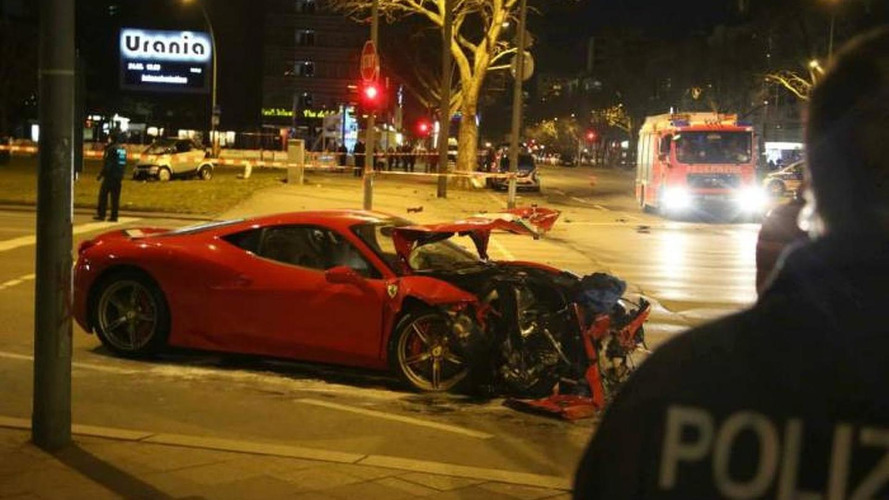 Ferrari 458 Speciale and Smart ForTwo involved in nasty Berlin crash