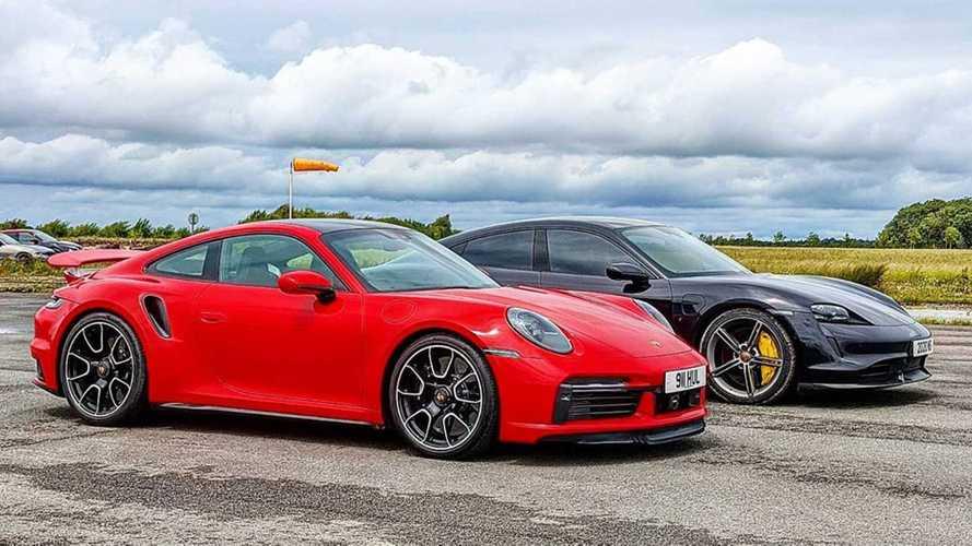 VIDÉO - Duel de haut niveau entre les Porsche 911 et Taycan Turbo S